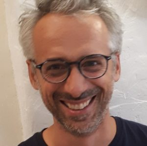 Laurent de Lattre Thérapie Psycho Corporelle et massage du ventre Chi Nei Tsang à Lyon